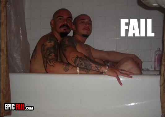 epic-photo-fail-cholo-bathtub_13140115414